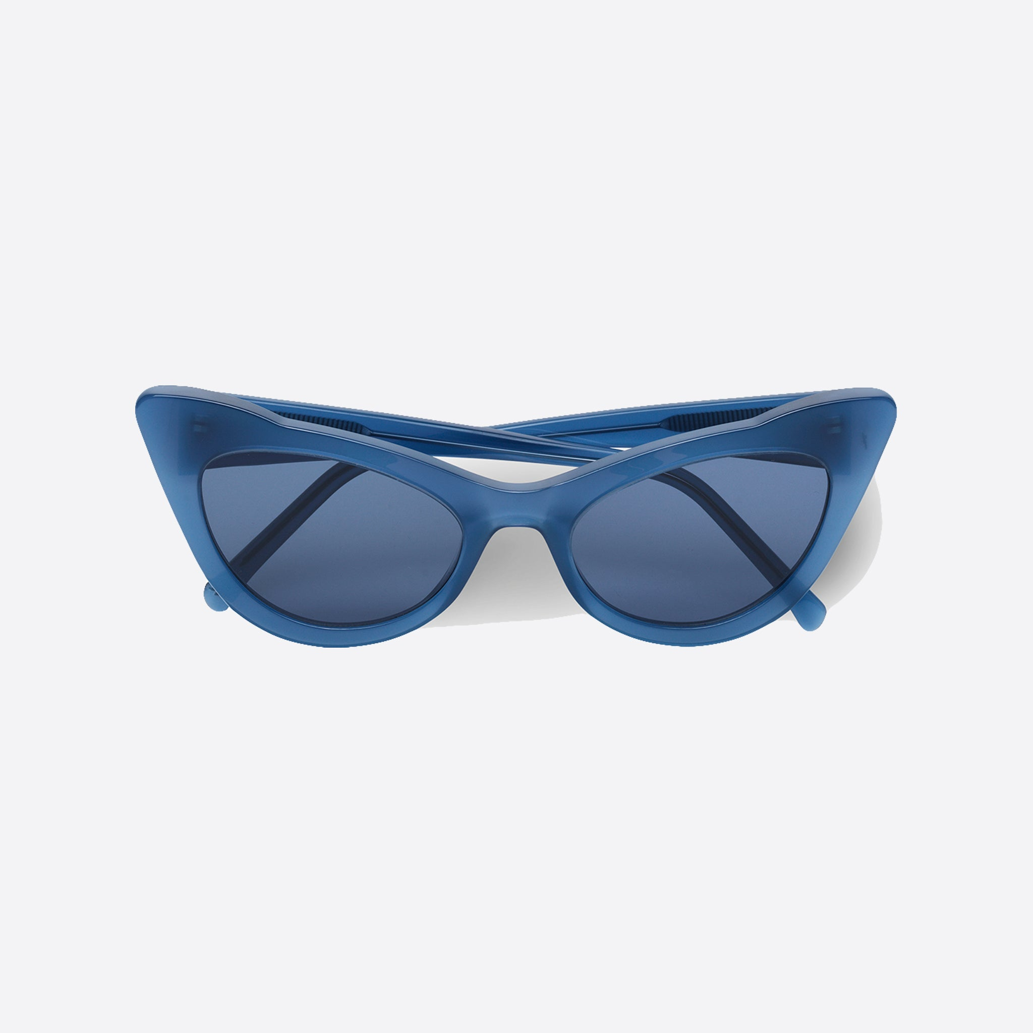 Ganni Lulu Sunglasses in Total Eclipse