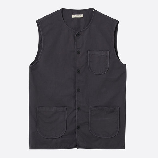 Kestin Hare Thuro Vest in Charcoal