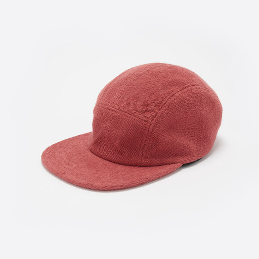 Les Basics Le Peak Cap in Red