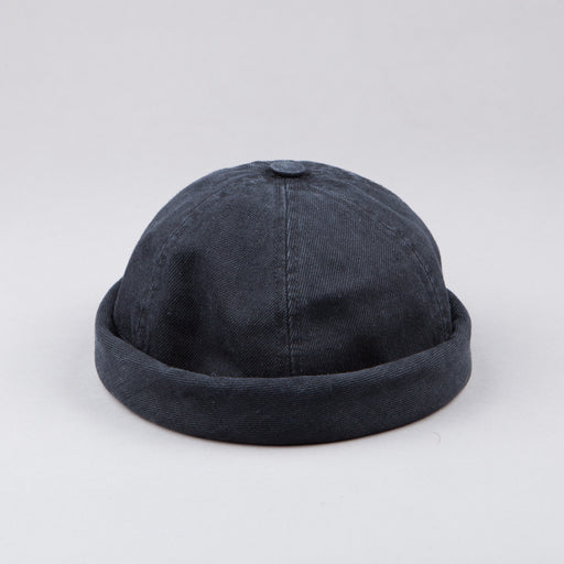 Beton Cire Miki Hat in Washed Black
