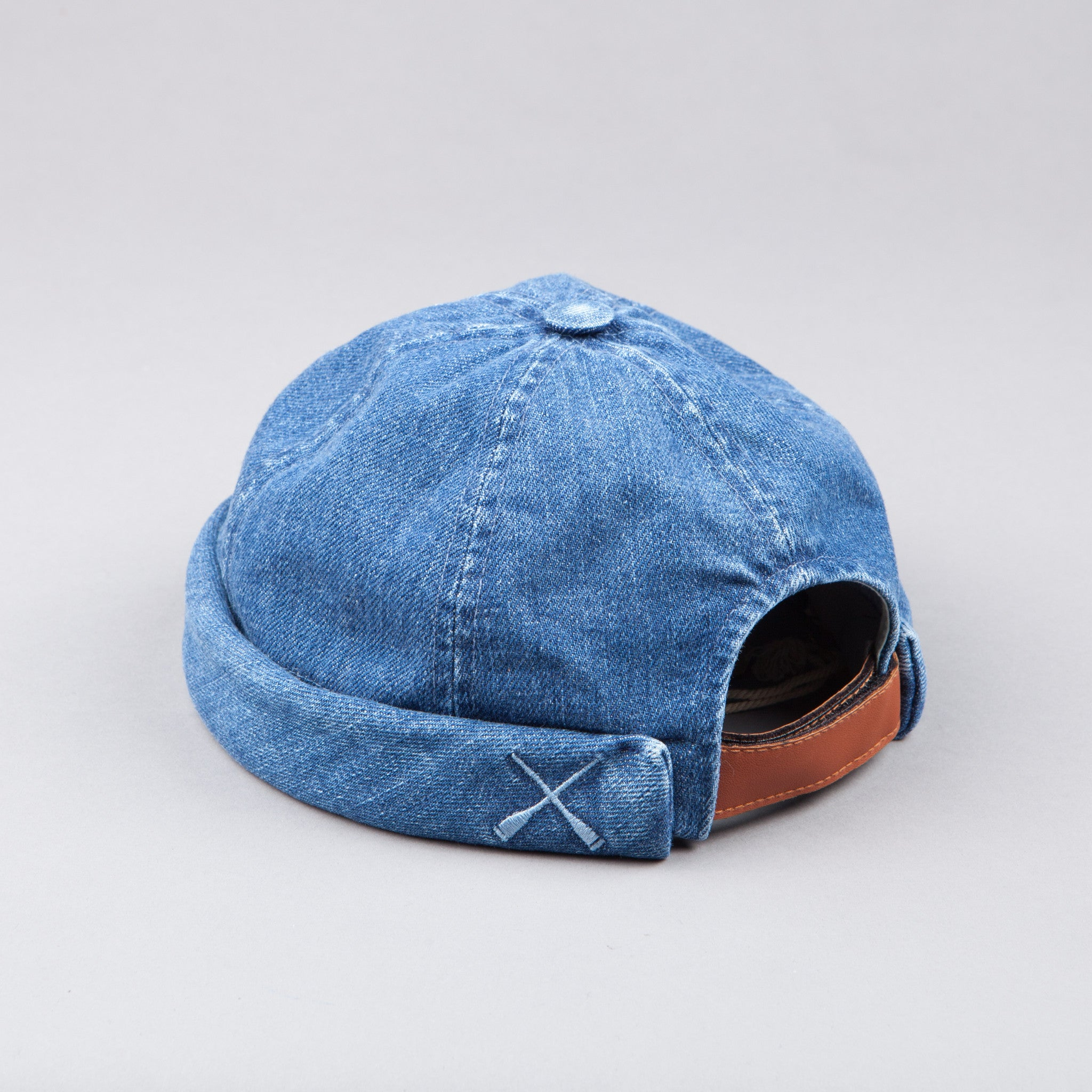 Beton Cire Washed Blue Denim Miki Hat
