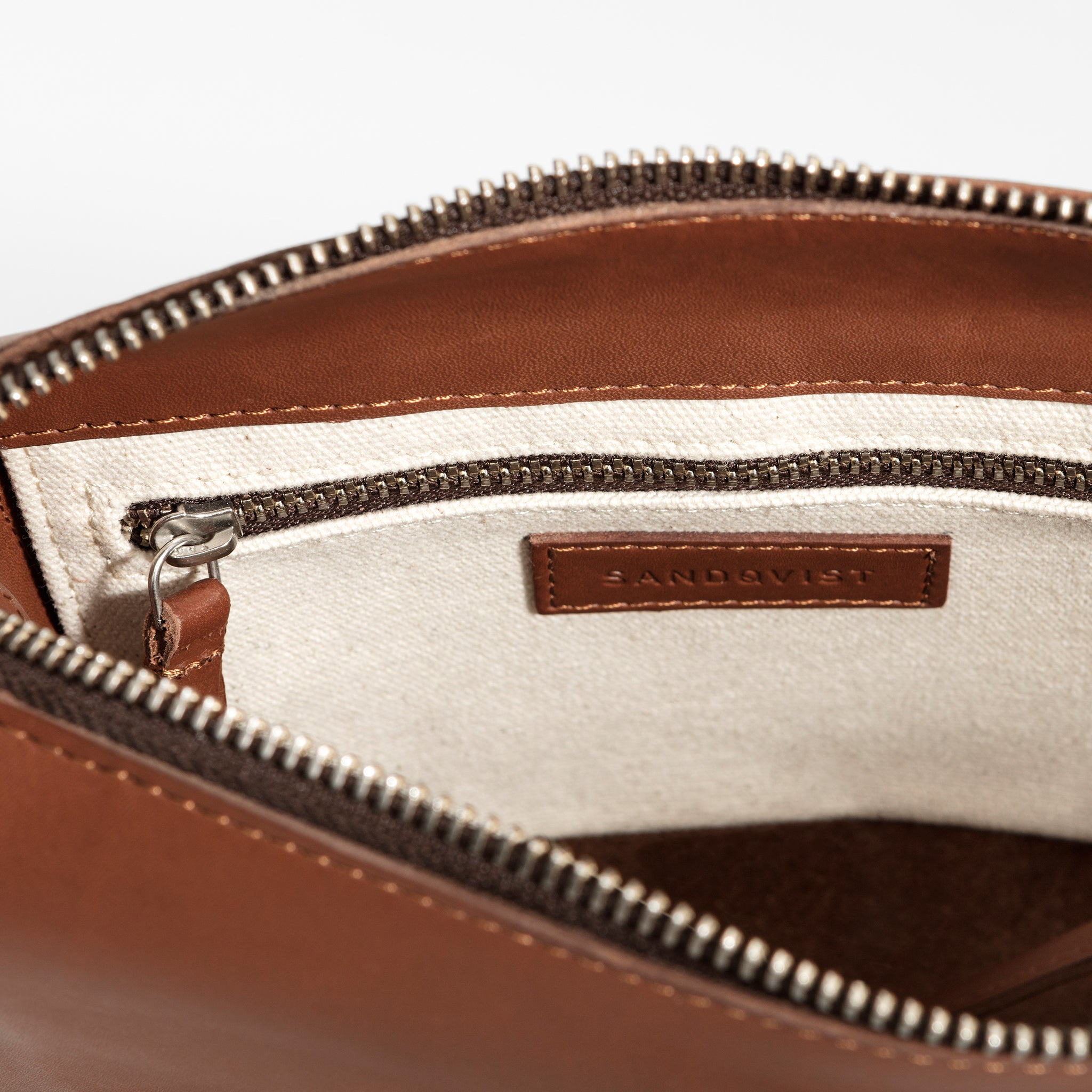 Sandqvist Frances Bag in Cognac Brown