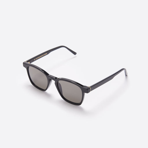 Super Unico Sunglasses in Black