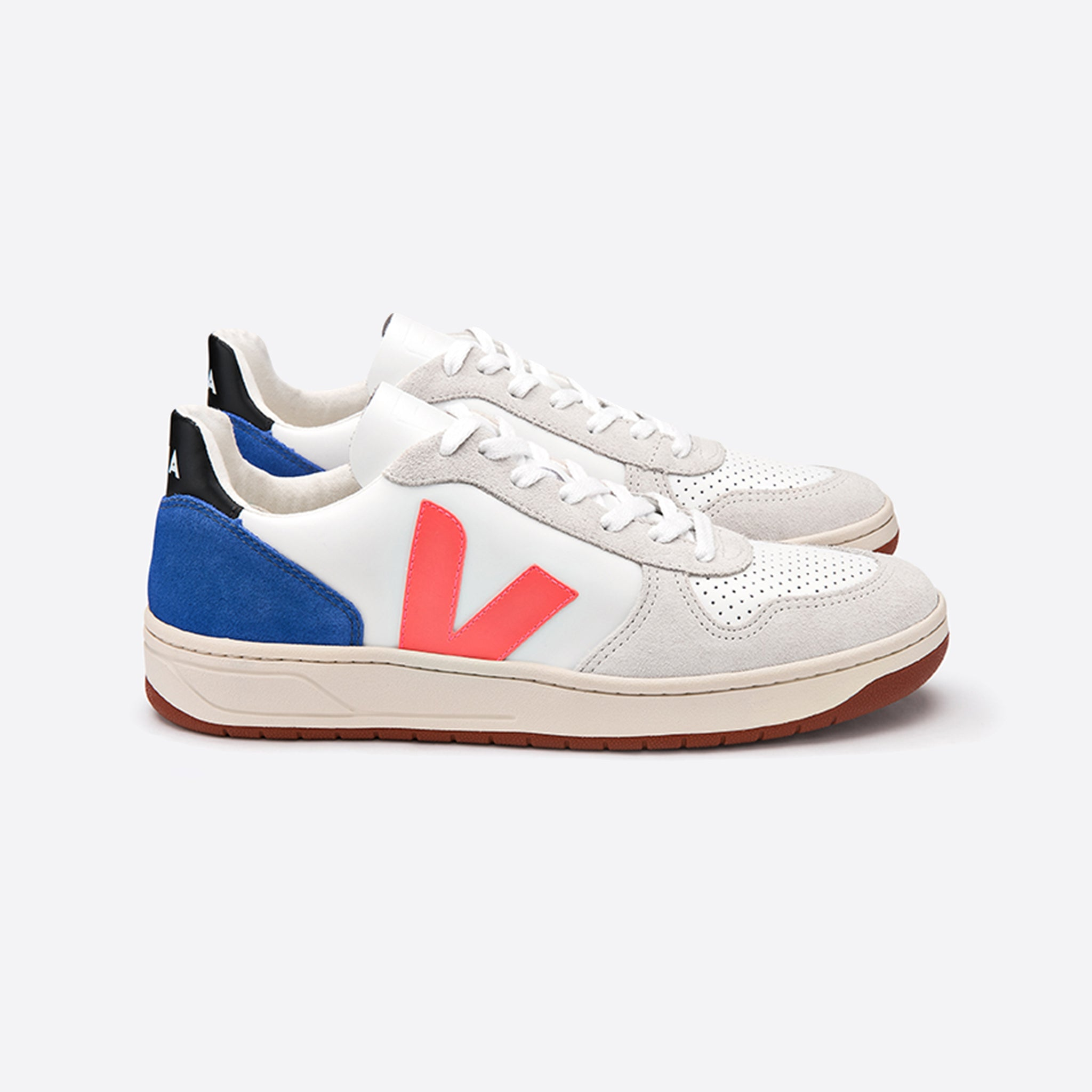 Veja V-10 Bastille Leather x Bellerose