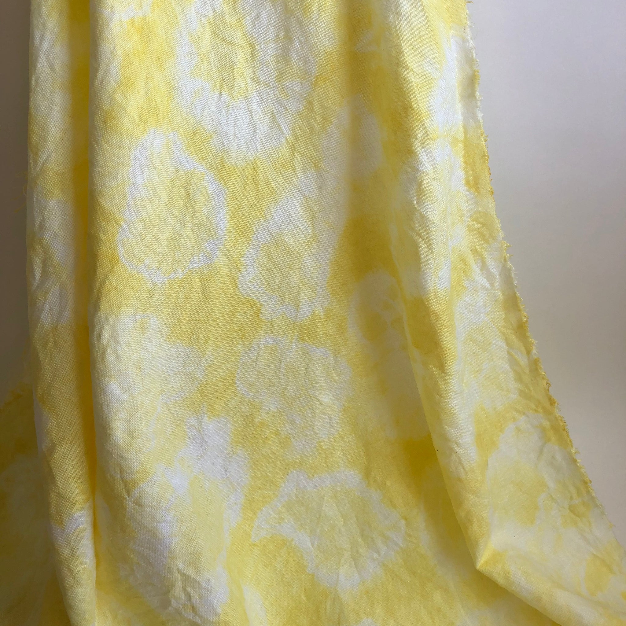 Me & My Bloomers Naturally Dyed Linen Face Mask in Yellow Tie-Dye