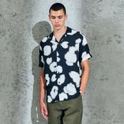 Wax London Didcot Shirt in Black and White Poppy
