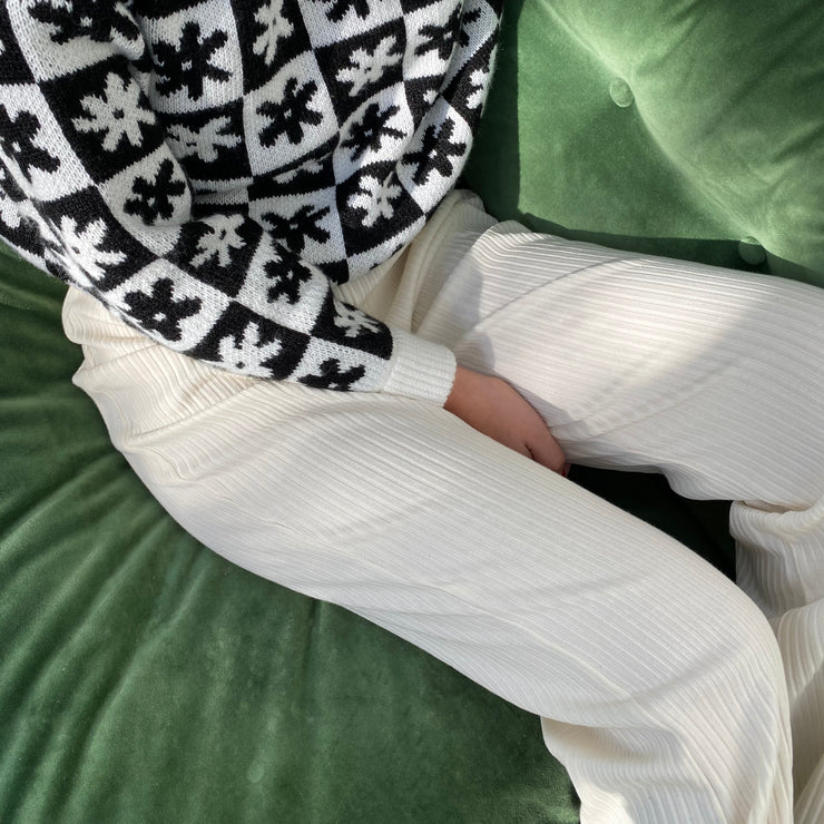 Lisa Says Gah Bec Bell Bottom Pant in Ivory