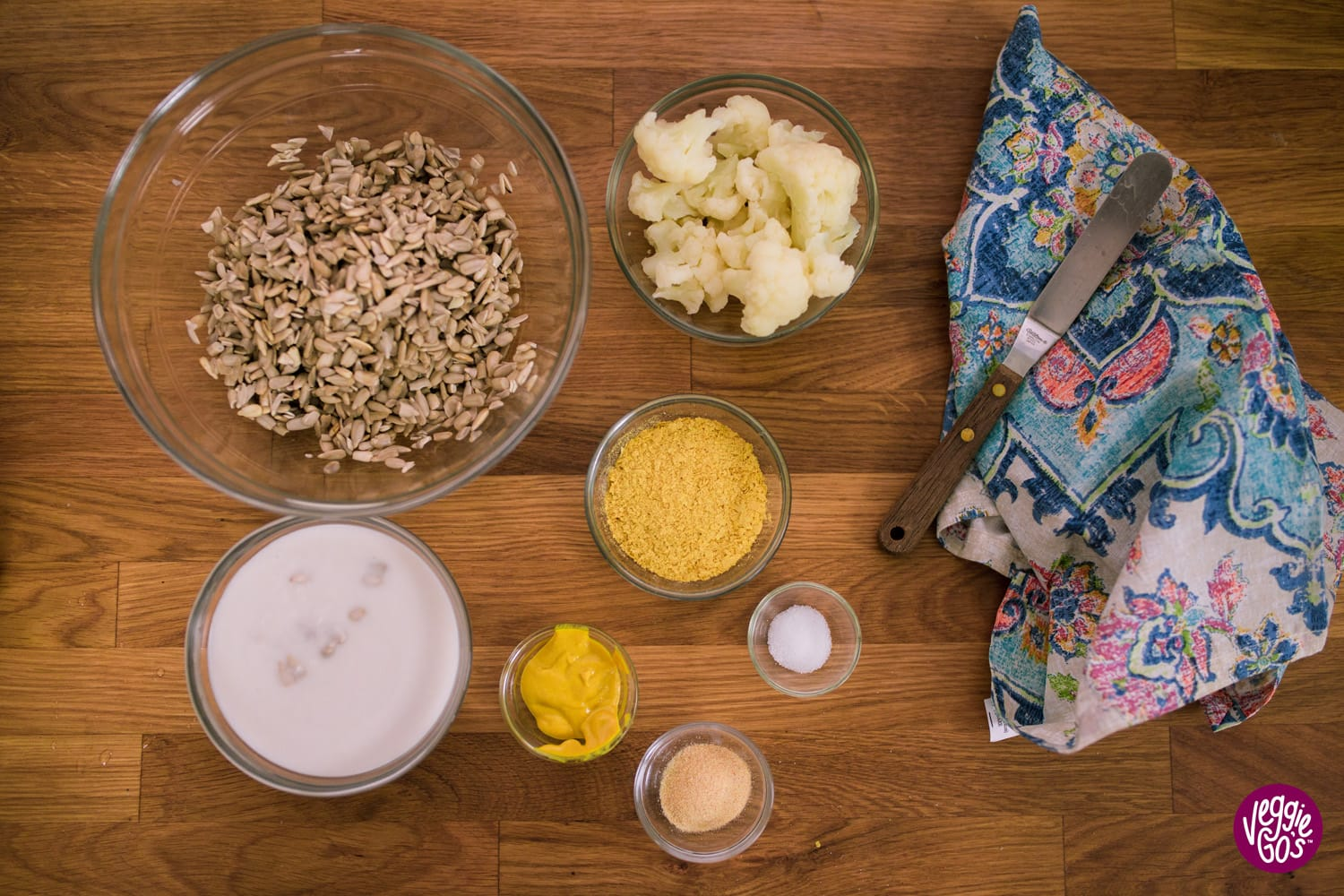 ingredients for cheeze sauce