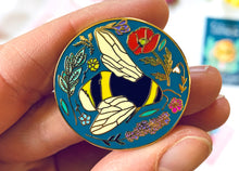 Load image into Gallery viewer, Bumble Bee Enamel Pin