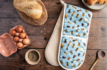 Load image into Gallery viewer, Bumble Bee Print Oven Gloves