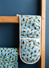 Load image into Gallery viewer, Bumble Bee Oven Glove & Tea Towel Set