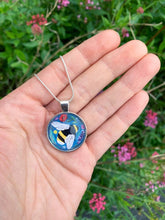 Load image into Gallery viewer, Bumble Bee Pendant Necklace
