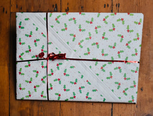 Gift Wrapping - The Sidlaw Hare