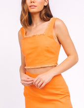 Load image into Gallery viewer, Linen Square Neck Fray Sleeveless Crop Top