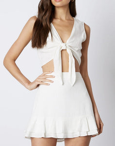 V Neck Tie Front Sleeveless Crop Top