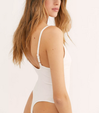 Load image into Gallery viewer, Larissa Bodysuit