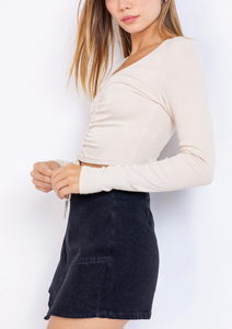 V Neck Ruch Center Long Sleeve Tie Knit Crop Top