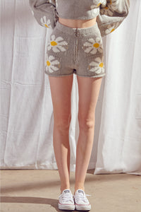 Daisy Knit Zipper Shorts