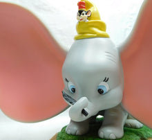 Laden Sie das Bild in den Galerie-Viewer, Disney Enesco Enchanting Dumbo Szene A28729 Take Flight Dumbo, Timothy, Jim Crow and Brothers