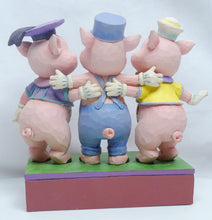 Laden Sie das Bild in den Galerie-Viewer, Disney Enesco Traditions Figur Jim Shore : 3 Kleinen Schweinchen Silly Symphony