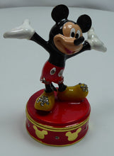 Laden Sie das Bild in den Galerie-Viewer, Disney Classic Figur WIDDOP Schmuckdose : Mickey Mouse D1108