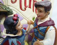 Laden Sie das Bild in den Galerie-Viewer, Disney Enesco Jim Shore Traditions Storybook Schneewittchen 2019