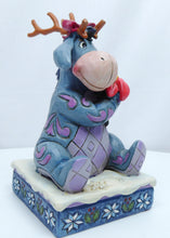 Laden Sie das Bild in den Galerie-Viewer, Disney Enesco Jim Shore Traditions 6002844 Winter Wunder eeyore iiaH von winnie Pooh