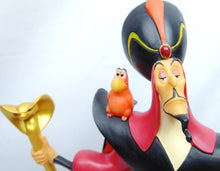 Laden Sie das Bild in den Galerie-Viewer, Disney Enesco Enchanting A28077 Jafar O' Mighty Evil One