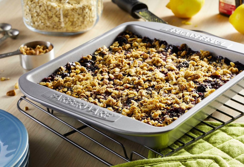 Blackberry-Lemon Pecan Crisp - Farberware