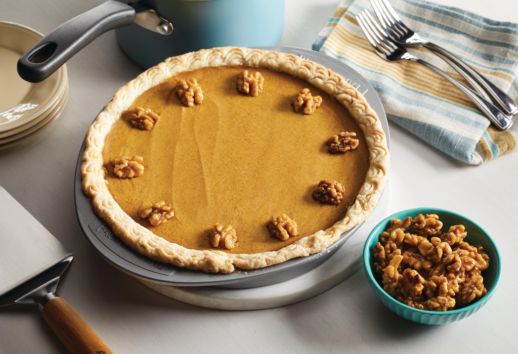 Perfect Pumpkin Pie & Candied Walnuts - Farberware