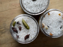 Cardamom Burnt Sugar Bath Salts - Mini Jar