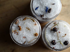Lavender Wood Bath Salts - Mini Jar