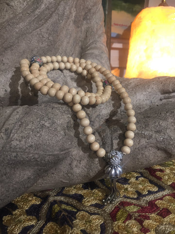 Mala Prayer Beads: To deepen intuition and imagination.