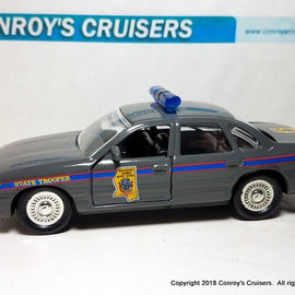 1/43rd scale Mississippi State Highway Patrol older Ford Crown Victoria LOOSE