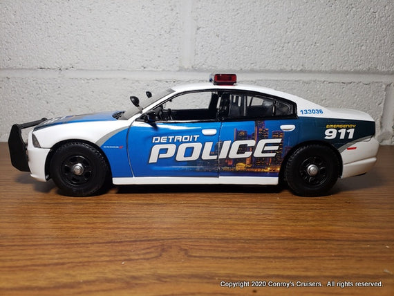 ***NEW***  Custom 1/24th Detroit, Michigan Police Dodge Charger diecast car