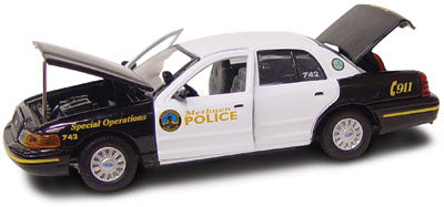 #27233 - 1/43rd scale Methuen, Massachusetts Police Ford Crown Victoria