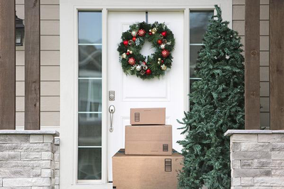 Holiday Shipping Deadlines: The Pros and Cons of Offering Same-Day Delivery