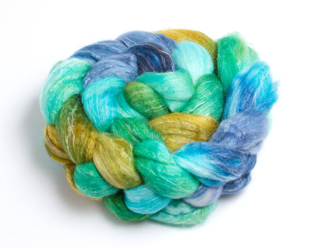 Merino Wool/ Bamboo/ Silk Roving (4oz)