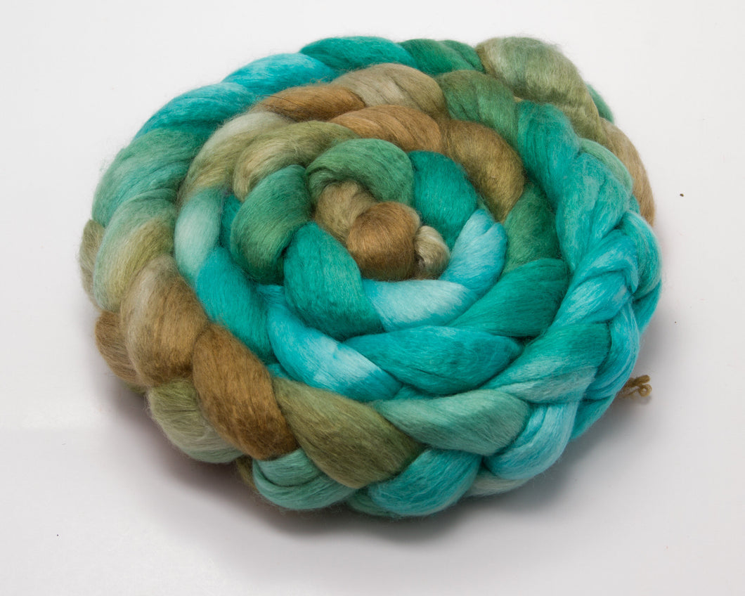 Merino Wool/ Silk Roving (4oz)