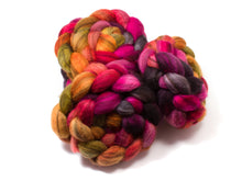 Load image into Gallery viewer, Blue Face Leicester - BFL - Wool  (4oz) | Combed Top / Roving for Spinning and Felting