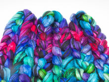 Load image into Gallery viewer, Blueface Lecester BFL Wool/ Silk (4oz) | Combed Top / Roving for Spinning and Felting