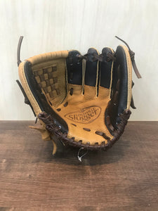 "Louisville Glove Genesis Youth (9"")"