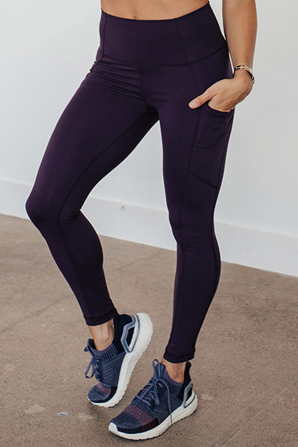 High-Waist Driven Legging- Blackberry