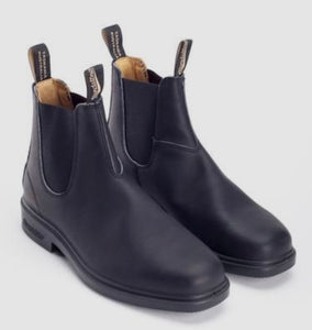 Blundstone The Chisel Toe in Black
