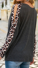 Load image into Gallery viewer, Cold Sleeve Leopard Print Top