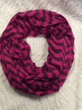 Load image into Gallery viewer, Fuschia Chevron Infinity Scarf