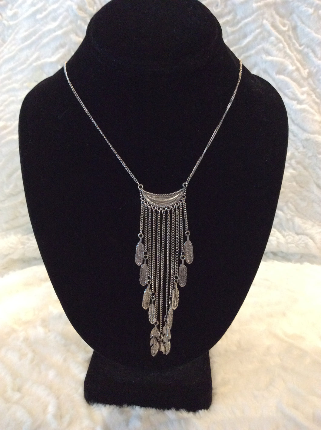 Silver Feather Chain Drop  NL