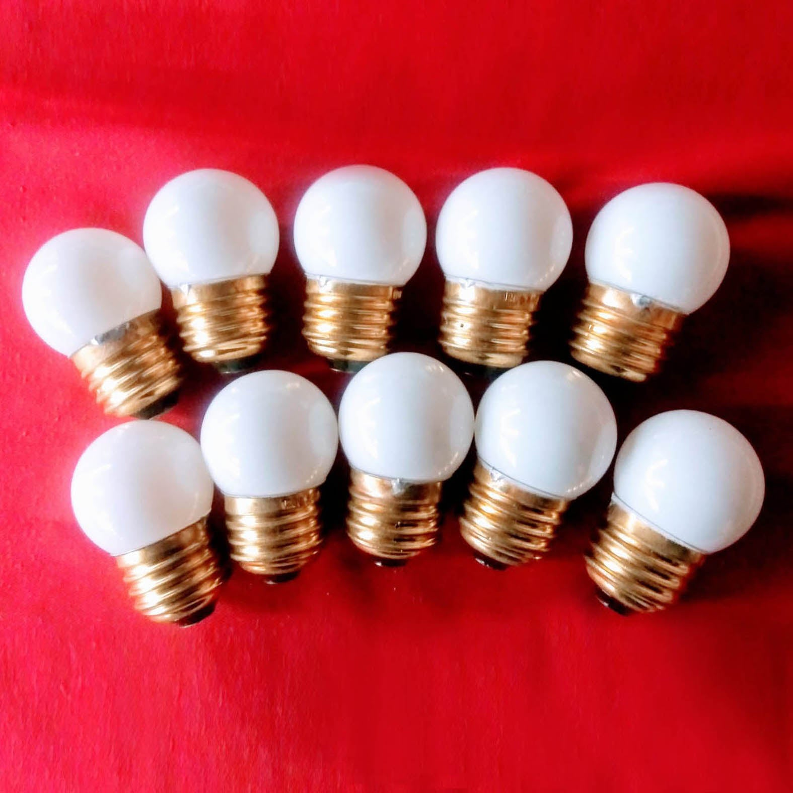 7.5 Watt White Bulbs |Pack of 10