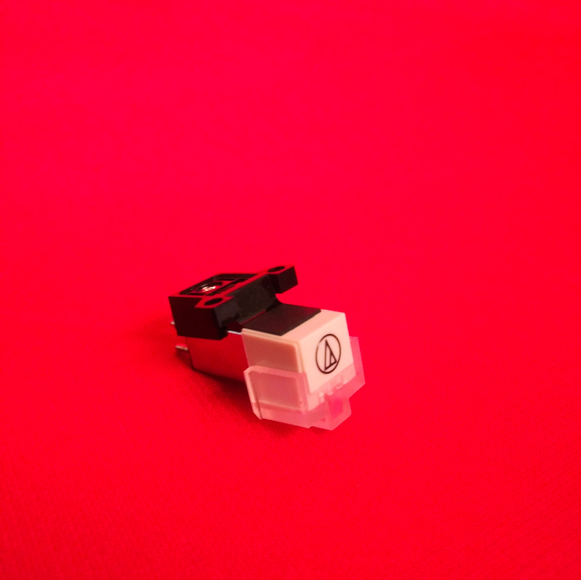 Rock-Ola Vinyl Cartridge and Stylus for new Vinyl 45 Jukebox
