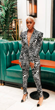 Load image into Gallery viewer, Zebra Print Blazer and Pants Suit